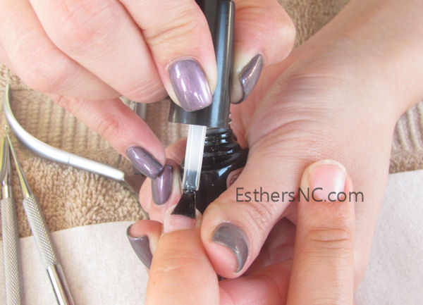 how to apply shellac nail polish - apply shellac base coat