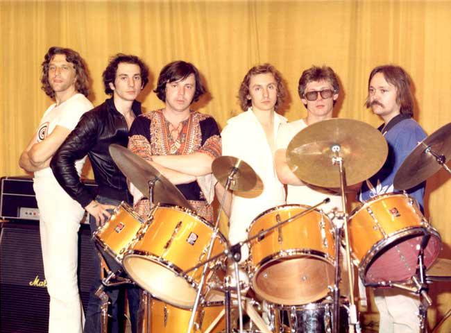 http://www.araks-rock.ru/foto/big/79-80/14.jpg